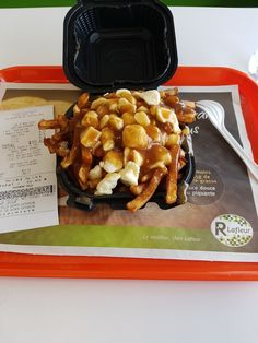 Restaurant Lafleur  Ste-Catherine (Québec)  Poutine régulière Poutine, Quebec, Waffles, Restaurant, Breakfast, Food, Morning Coffee, Quebec City, Diner Restaurant