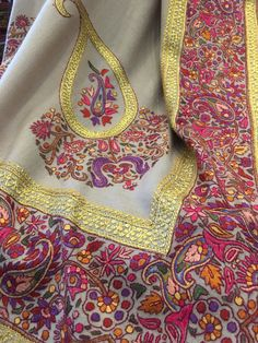 Shawls, Paisley, Sari, Brooch, Fashion, Saree, Moda, Fashion Styles, Brooches