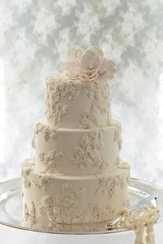 Featured Cake: Ms B's Cakery; Editor's Pick: Stunning Wedding Cakes with Exquisite Details from Ms B's Cakery. To see more: http://www.modwedding.com/2014/09/14/stunning-wedding-cakes-with-exquisite-details-from-ms-bs-cakery/ #wedding #weddings #wedding_cake