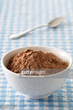http://media.gettyimages.com/photos/bowl-of-cocoa-picture-id167459223?s=170667a