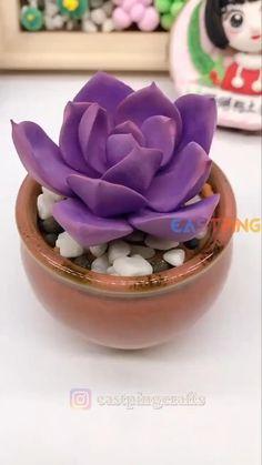 Cute Polymer Clay, Cute Clay, Polymer Clay Flowers, Polymer Clay Charms, Polymer Clay Jewelry, Clay Crafts For Kids, Clay Pot Crafts, Polymer Clay Projects, Diy Clay