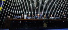 """Advogado de Dilma Rousseff, o ex-ministro José Eduardo Cardozo afirmou que a condenação da presidente afastada no julgamento do processo de impeachment seria """"uma pena de morte política"""" e """"uma execração de uma pessoa íntegra"""". Nesta terça-feira (30), ele fez ..."""