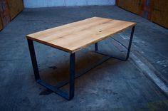 Esstische - ESSTISCH AUS EICHENHOLZ, moderner Tisch aus Eiche - ein Designerstück von HardmanDesignBuild bei DaWanda