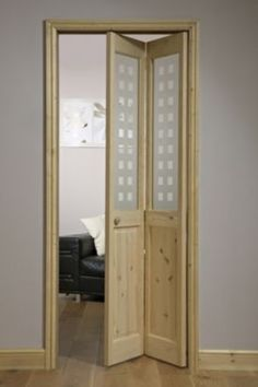 4 Panel Knotty Pine Internal Geo Glazed Bi-fold Door, (H)1946x(W)750mm, 2122