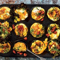 Carb-conscious kale-and-chorizo muffins Breakfast Quiche, Breakfast Recipes, My Favorite Food, Favorite Recipes, Egg Muffins, Food Tasting, Cooking Classes, Chorizo, Kale