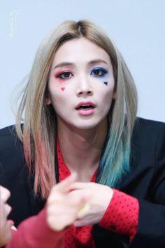 #seventeen #jeonghan Rocking the Harley Quinn costume!
