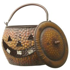 Pumpkin Metal Basket good for halloween storage