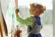 """Zeitung """"Welt"""": Warum Kunstunterricht für Kinder so wichtig ist - Unterrichtsausfall und Lehrermangel: An manchen Schulen bleibt für Kunst kaum Hochschulen und Künstlerinitiativen versuchen die Lücke zu schließen – und Kindern so neue Welten zu eröffnen."""