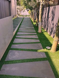 43 Creative Side Yard Garden Design Ideas For Summer - Garden Decor Seiten Yards, Side Yard Landscaping, Landscaping Ideas, Flower Garden Design, House Garden Design, Private Garden, Patio Design, Garden Paths, Garden Hedges