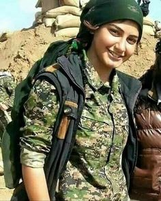 JPY Kurdish Female peshmerga fighter Indian Army Wallpapers, Female Fighter, Brave Girl, Female Soldier, Military Women, Girls Rules, Special Forces, Powerful Women, Real Women