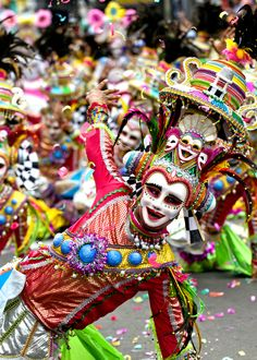 Maskara Festival Dancer, Bacolod,Philippines - takes place every third weekend of October nearest to October Les Philippines, Philippines Culture, Philippines Travel, Masskara Festival, World Festival, We Are The World, People Around The World, Around The Worlds, Art Beauté