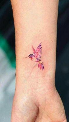 Trendy Humming Bird Tattoo on the Wrist Beautiful 33 Ideas - # Wrist . - Trendy Humming Bird Tattoo on the Wrist Beautiful 33 Ideas – - Tiny Bird Tattoos, Mom Tattoos, Sexy Tattoos, Cute Tattoos, Body Art Tattoos, Small Tattoos, Tattoos For Women, Tatoos, Tattoo Mom