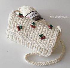 Baby Shoes, Winter Hats, Crochet Hats, Embroidery, Crafts, Inspiration, Instagram, Room, Fashion