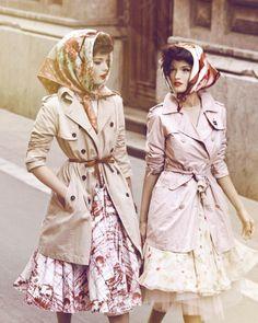 This reminds me of my grandma and I love me some grandma fashion.