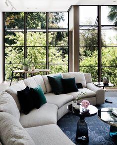#arflex #benben #sofa #design #ciniboeri #theoriginal #luxury #decor #decoration #interiorinspiration #mood #cool #photoftheday #madeinitaly #itsarflextime #staytuned www.arflex.it