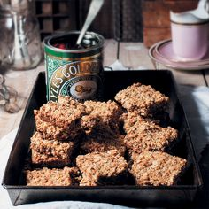One day, Ronelle Hart was overcome with nostalgia and a craving for the golden oat crunchies of her childhood. Once she had unearthed and dusted off her mother's old cookbook, Ronelle pages through the baking-stained pages only to find this delicious recipe from her past...