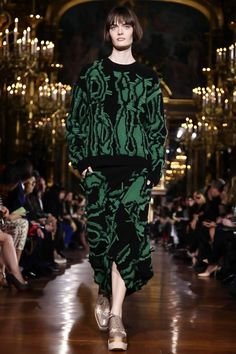 Stella Mccartney Ready To Wear Fall Winter 2014 Paris - NOWFASHION