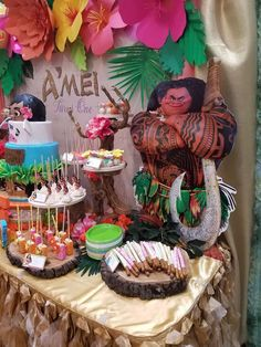 Moana Hawaiian Luau  Birthday Party Ideas | Photo 8 of 13