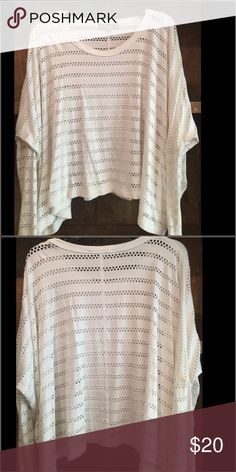 Karen Kane shirt White-size small Karen Kane Tops Tees - Long Sleeve