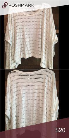 Karen Kane shirt White-size small Karen Kane Tops Tees - Long Sleeve