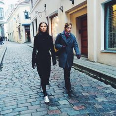 Keepin' it cool at Old Town. #fashion #minimalcoat #blackcoat #greycoat #woolcoat #maroongloves #shinysneakers #sneakers #coolandsimple #streetstyle #tallinnstreetstyle #TSS