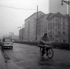 Via Melchiorre Gioia, 1960 circa. Sulla destra scorreva ancora il Naviglio Martesana