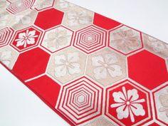 大正ロマン 亀甲に花菱模様織り出し袋帯