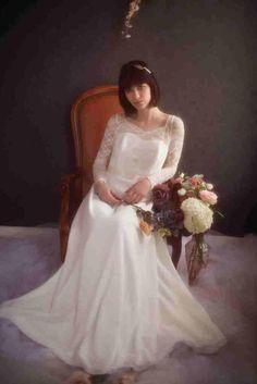 Robe de Mariée Elsa Gary, modèle Virginie, disponible en boutique # ...