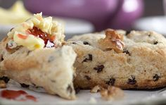Crumbly and delectable Irish Kerrygold butter scones recipe - IrishCentral.com