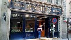 Resultado de imagen para bares irlandeses Irish Bar, Wines, Broadway Shows, Outdoor Decor, Home Decor, Facades, Interior Design, Home Interior Design, Home Decoration