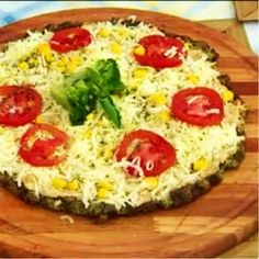 Pizza com massa de brócolis | Minha Vida