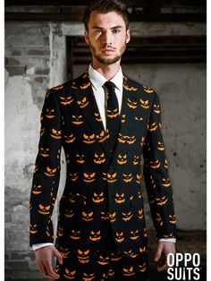 The Jack-O Black-O Mens Opposuit is the perfect 2019 Halloween costume for you. Show off your Mens costume and impress your friends with this top quality selection from Costume SuperCenter! Halloween Outfits, Wholesale Halloween Costumes, Halloween Party, Happy Halloween, How To Look Handsome, How To Look Classy, Pumpkin Suit, Black Pumpkin, Festivals