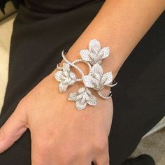 accessories bracelets Best Diamond Bracelets : We are in love with the magnificent design of our London Collection Calla Lily Modern Jewelry, Jewelry Art, Fine Jewelry, Jewelry Design, Fashion Jewelry, Prom Jewelry, Diamond Bracelets, Diamond Jewelry, Bangle Bracelets