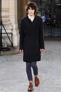 http://www.vogue.com/fashion-shows/spring-2016-menswear/haider-ackermann/slideshow/collection
