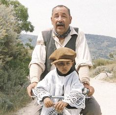 Cinema Paradiso ... 1988 Movie Shots, Movie Gifs, Movie Tv, Aix En Provence, Cannes, Wild Photography, French Countryside, French Country House, Coming Home