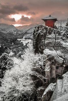 Yamagata, Japan   Shun Oota 雪景の立石寺