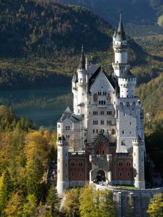 http://imgc.allpostersimages.com/images/P-473-488-90/64/6414/T2X9100Z/posters/richard-nebesky-romantic-neuschwanstein-castle-and-german-alps-during-autumn-southern-part-of-romantic-road-bavar.jpg