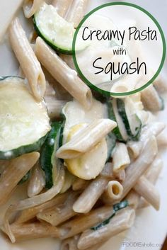 Creamy Pasta with Squash | FOODIEaholic.com #recipe #cooking #pasta #penne #squash #cheese
