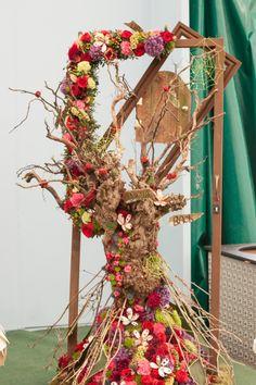 ~~ RHS Chelsea Florist-of-the-Year  2015    Flowerona-14   ~ DESIGNER: Ayane Shimazu /Writtle College