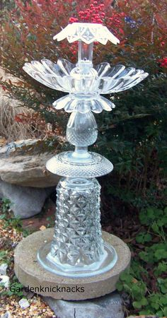 Crystal Birdbath Solar Light by Gardenknicknacks on Etsy, $60.00