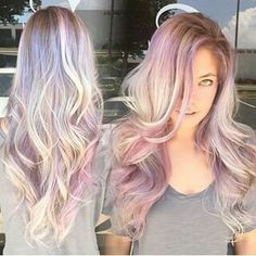 This hair color trend is ideal for you. Opal hair color is like a rainbow of shimmering pastels on top of blonde or silver hair. Cabello Opal, Opal Hair, Dye My Hair, Cool Hair Color, Unique Hair Color, Hair Today, Pretty Hairstyles, Rose Hairstyle, Gorgeous Hair