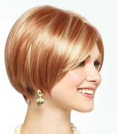 Totally Chic Short Bob Hairstyles For Girls. layered short bob hairstyles with bangs. short layered bob hairstyles for thick hair. short layered bob hairstyles for fine hair Blonde Bob Hairstyles, Short Hairstyles For Thick Hair, Layered Bob Hairstyles, Very Short Hair, Short Bob Haircuts, Cut Hairstyles, Haircut Short, Hairstyle Short, Trendy Haircuts