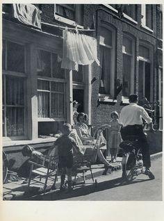 Kees Scherer  24 uur Amsterdam,Jordaan straat   1957