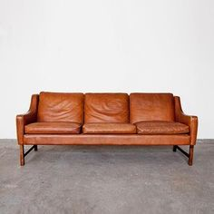 Borge Mogensen leather sofa via Genevieve Gorder
