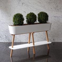 FLOWERLOVER -flowerpot - DuPont™CORIAN® / design A. Tureček