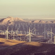 Another shot of the wind farm in Tehachapi, California, home to GE Power & Water's brilliant wind turbine. Photo by @sessenyc.