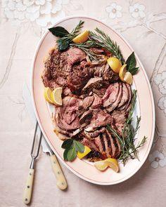 おもてなし料理のメインは、誰もがシンプルに美味しいと思えるものが1番!とびきり簡単なのに、ゲストの皆が美味しいと大絶賛の「牛肉の塩釜焼き(Lomo al Trapo)」を家庭で作ってみませんか?