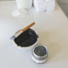 Charcoal & Clay Deep Pore Mask | White & Elm