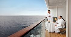 Alta calidad, diseño superior, camarotes espaciosos, estilo clásico y una cocina excepcional. Celebrity Cruises ofrece 4 clases de barcos: Solstice, Millenium, Century y Xpedition, cada uno adaptado a tus exigencias