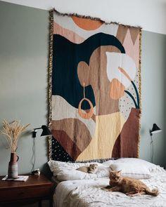 Turkish Earrings Girl Tapestry Blanket Shop Hand-Made Cotton Tapestry Blanket Cheap Home Decor, Diy Home Decor, Room Decor, Wall Decor, Tapestry Bedroom, Wall Tapestry, Bedroom Wall, Cheap Blankets, Bed Blankets
